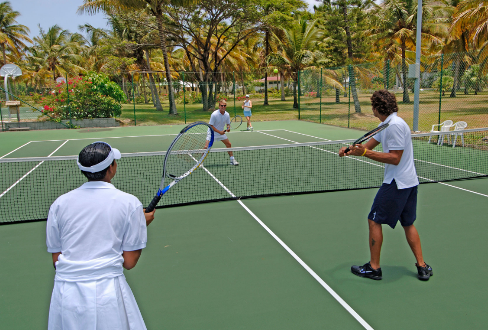 5 Fun Sports to Try During Your Holiday - Couples Resorts