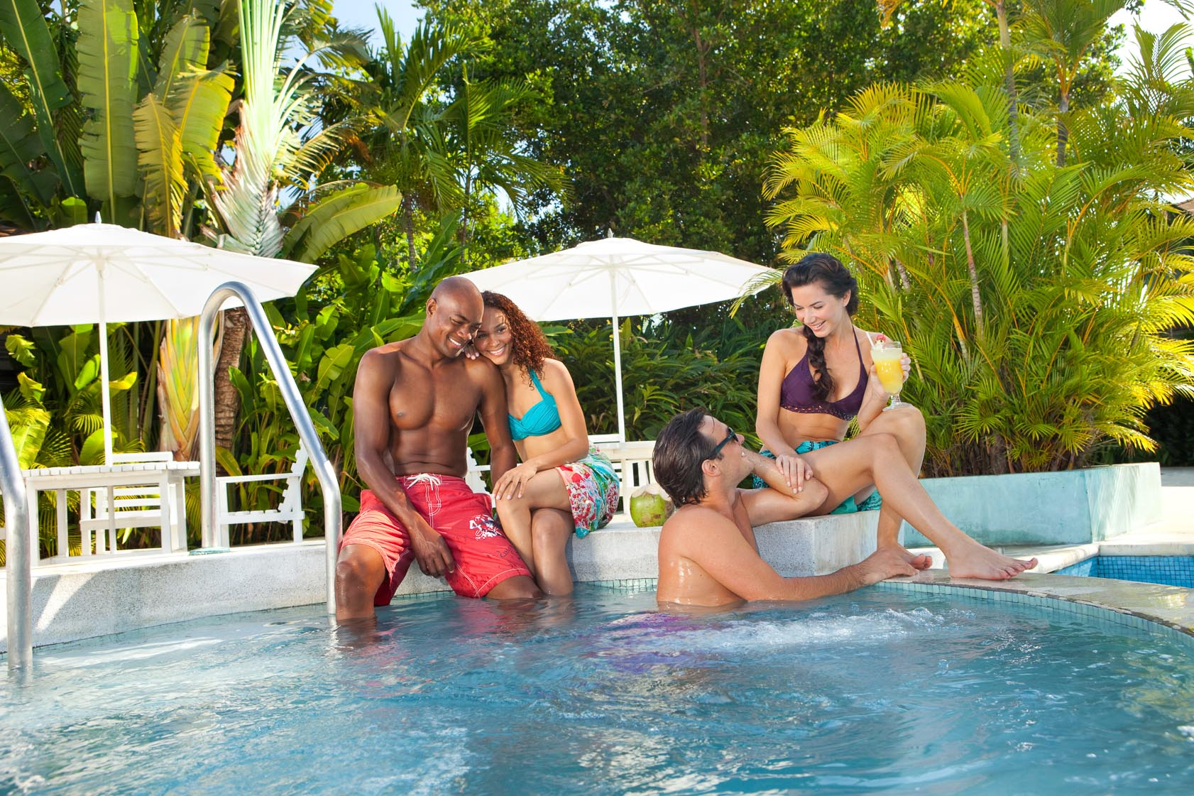 Best swim-up bars in Jamaica