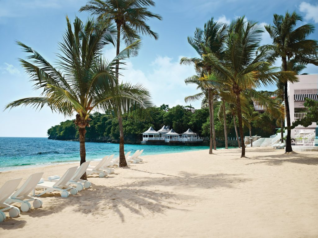 is jamaica safe for a holiday
