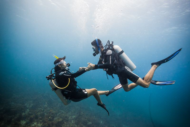learn to scuba dive in jamaica